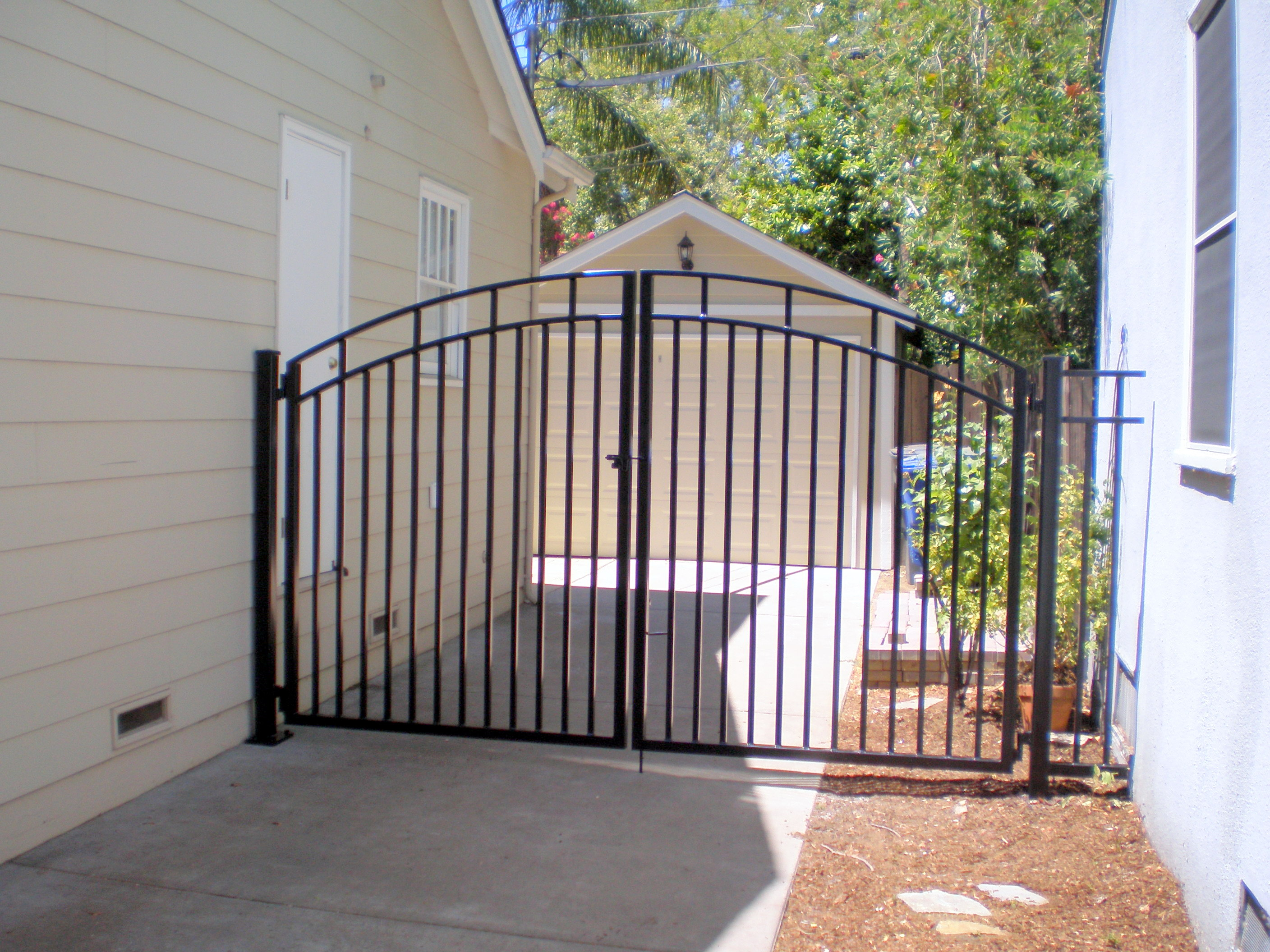 Twisted metal of sacramento Metal gate designs images