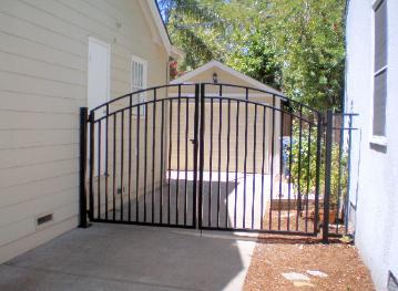 Classic Iron Driveway Gate